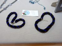 Colliers tube bleu/noir